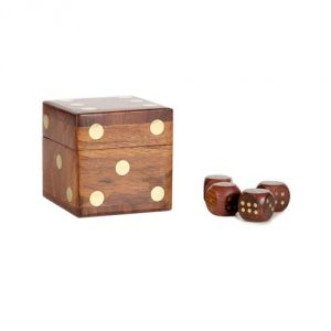 GIFTS_FT_Fair-Wood-Dice