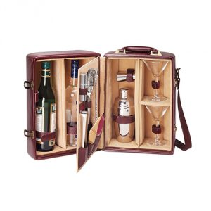 Picnic-Time-Two-Bottle-Cocktail-Set