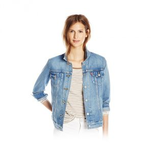 Levis-Boyfriend-Trucker-Jacket