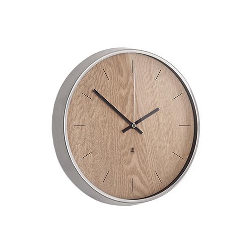 Umbra-Madera-Wall-Clock